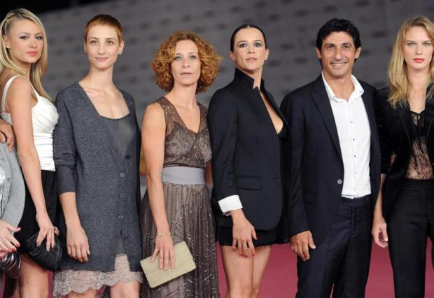 Foto Cast Tutti pazzi per amore 3
