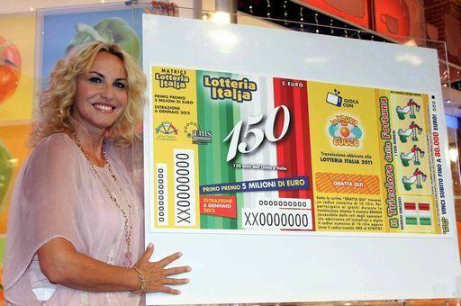 Foto Antonella Clerici biglietto lotteria