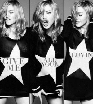 madonna con give me all your luvin