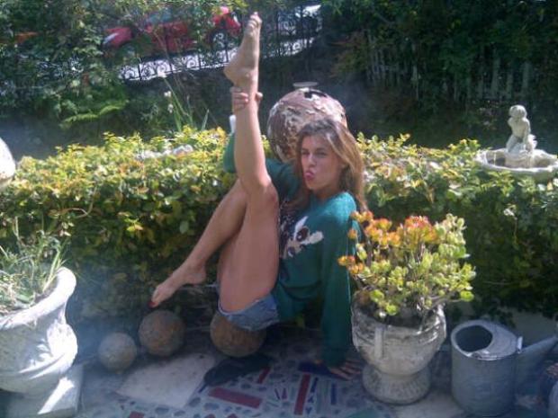 Elisabetta Canalis si diverte