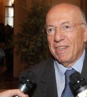Confalonieri respinge le critiche a Mediaset