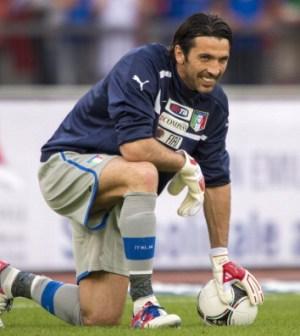 foto del portiere gigi buffon euro 2012