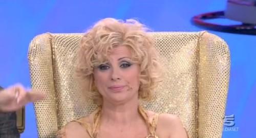 Ylenia fa infuriare Tina Cipollari