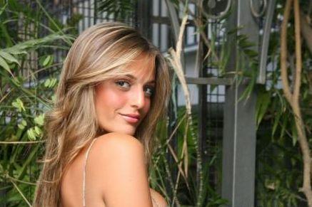 Ramona Amodeo ha contattato Andrea Angelini