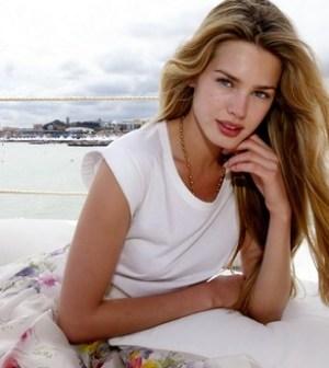 foto dell'attrice vanessa hessler