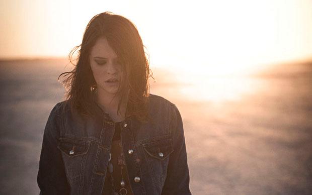 Un'immagine del nuovo singolo di Francesca Michielin Sola