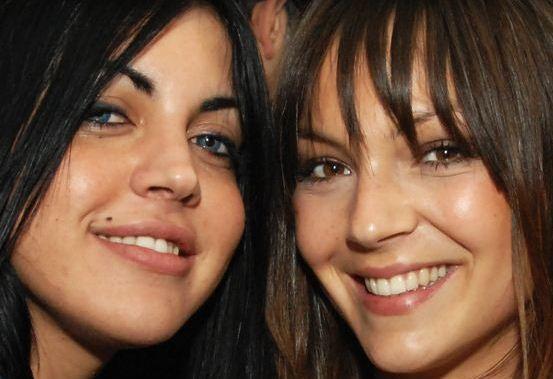 Foto di Veronica Ciardi e Sarah Nile insieme in un servizio fotografico