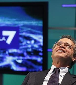 "Enrico Mentana su La7: ""Bene Sky o L'espresso"""