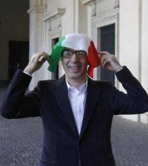 Roberto Benigni con il tricolore