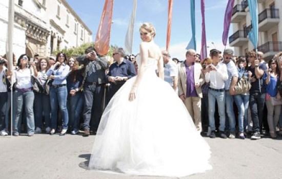 beautiful hope si sposa