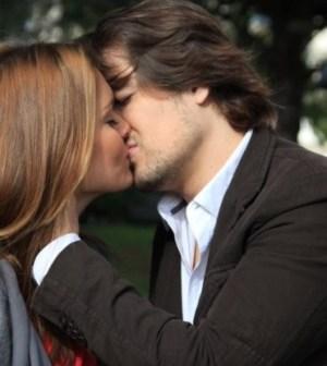 Il bacio tra Ines e Joao