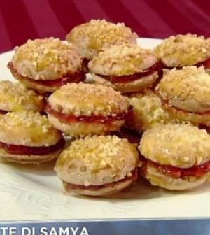 foto macarons cuor di fragola