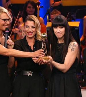 foto premio tv abiti