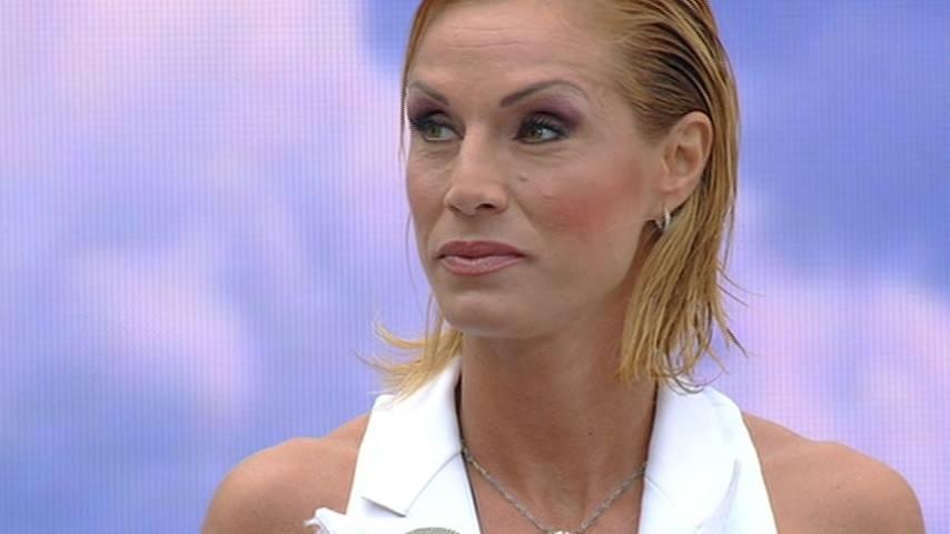 Annalisa Minetti accusata di essere una falsa cieca?