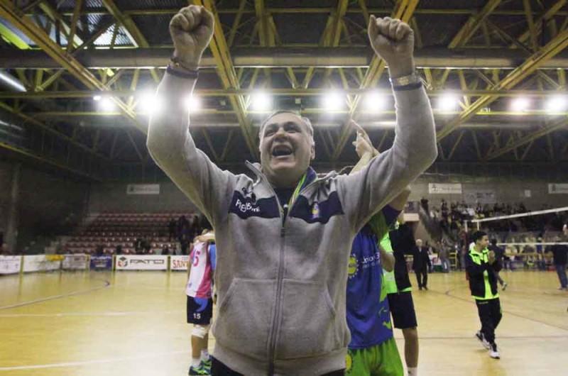 Volley mobilya aversa a 4 punti dalla serie a for Mobilya caserta