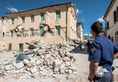 Amatrice. Terremoto, agenti fermano presunto sciacallo: rischia linciaggio