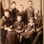 photograph,antique,retro,family