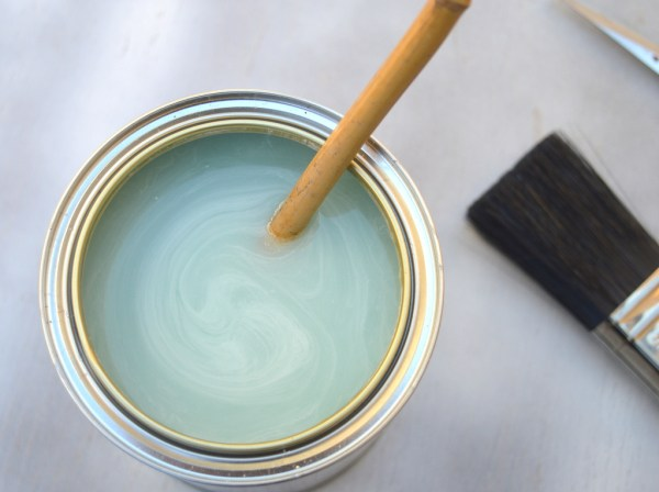 pre-stirred rustoleum chalky finish furniture paint