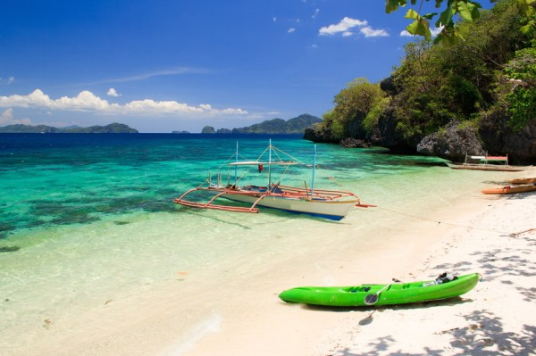 The coast of the tropical island. El Nido. Palawan island. Philippines.
