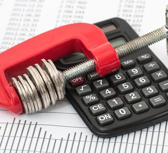 money in clamp with calculator