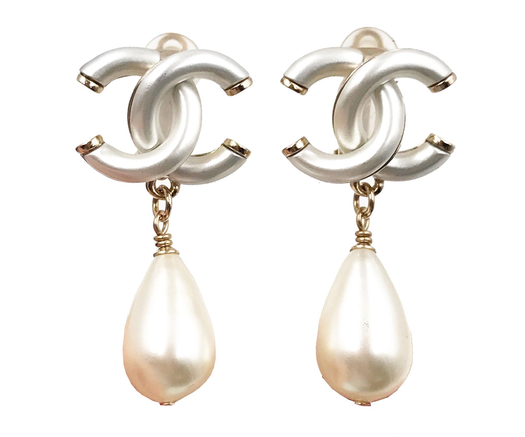 Chanel 2017 White Cc Faux Pearl Dangle Clip On Earrings
