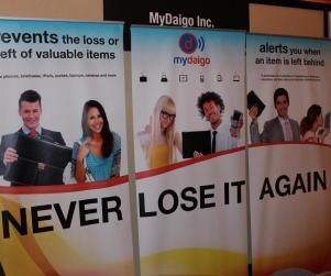 MyDaigo trade show booth retractible panels