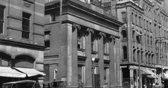 Street scene 1920