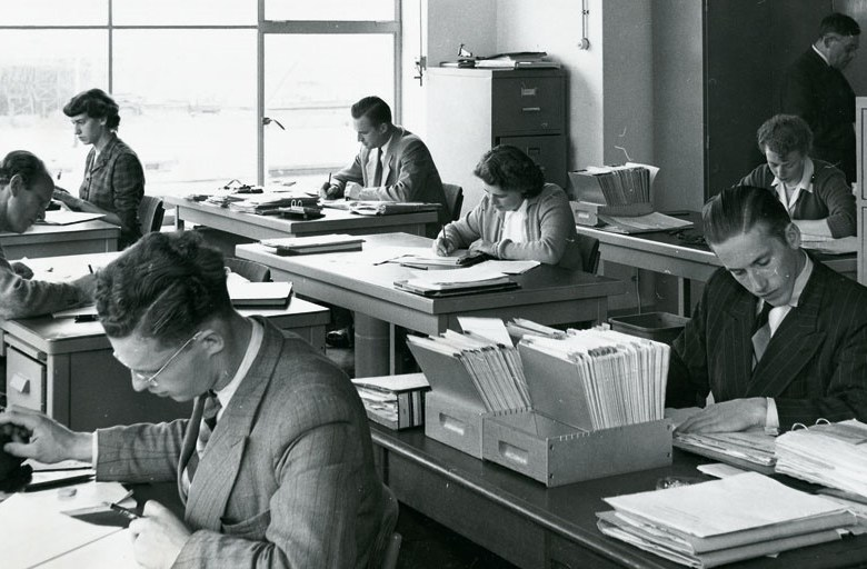 sitting-down-accountants