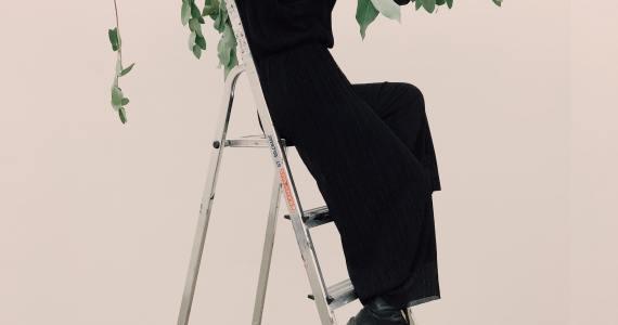 adult-art-balance-983817