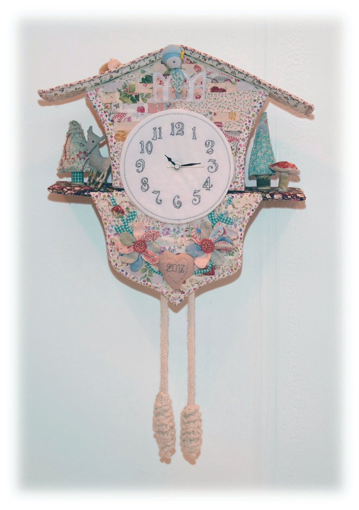 sally-snusshall-the-mouse-and-the-cuckoo-clock