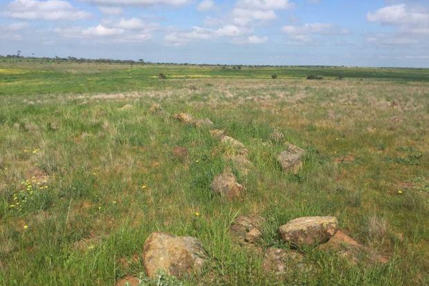 Découverte d'une formation en pierre d'au moins 11 000 ans en Australie Observatoire-autochtone-Victoria