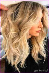 35 New Blonde Hair Color Long Hairstyles 2017 Amp Long ...