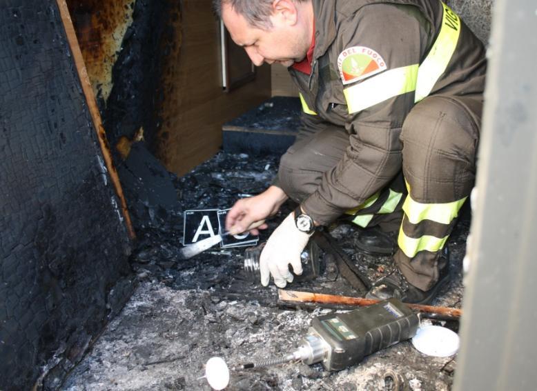 incendio-bar-fondi-latina24ore-5823232455256