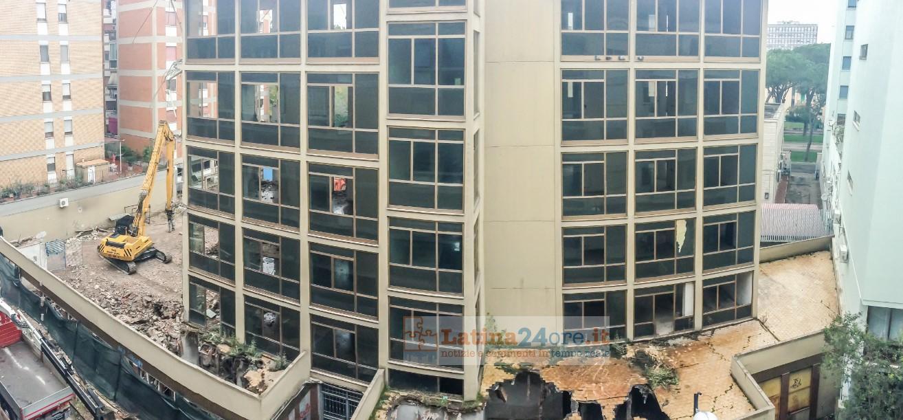 demolizione-palazzo-vescovo-latina-24ore-2