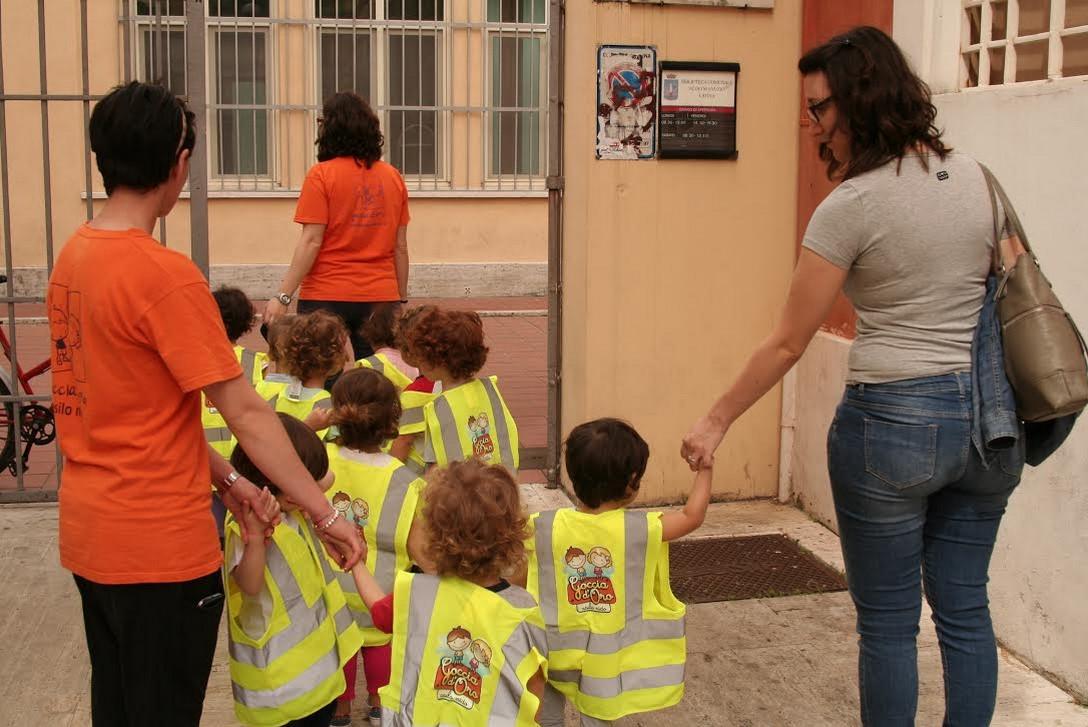 bambini-latina-asilo-biblioteca-2