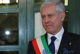L'ex commissario prefettizio di Latina Giacomo Barbato a Torre del Greco