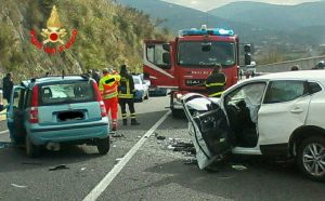incidente-sonnino-auto
