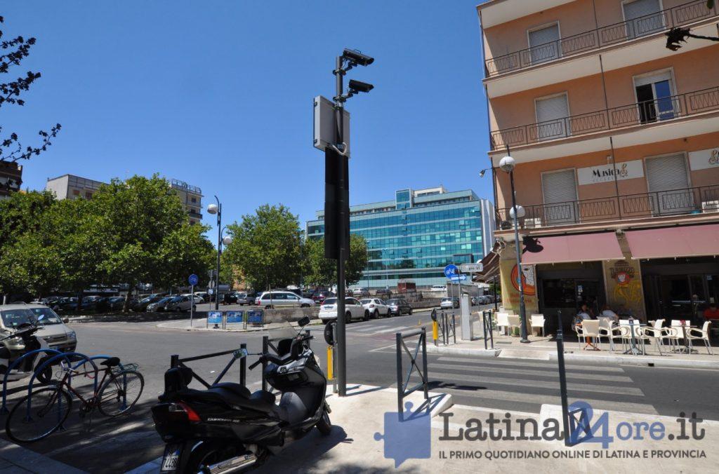 varco-ztl-latina-telecamera-2016-3