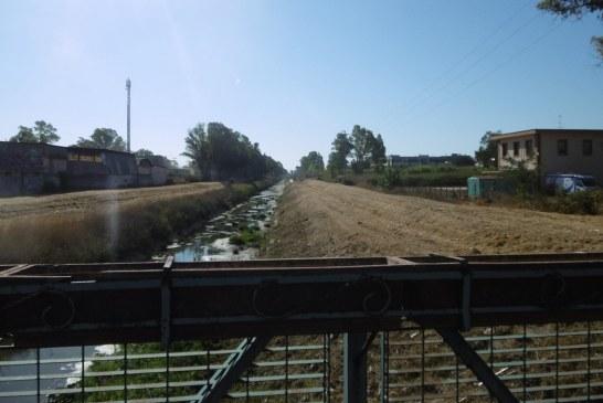 Dopo il morto al canale delle Acque Medie il Consorzio di Bonifica taglia l'erba