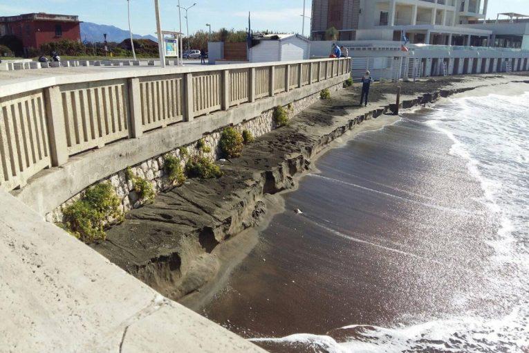 erosione-spiaggia-capoportiere-latina