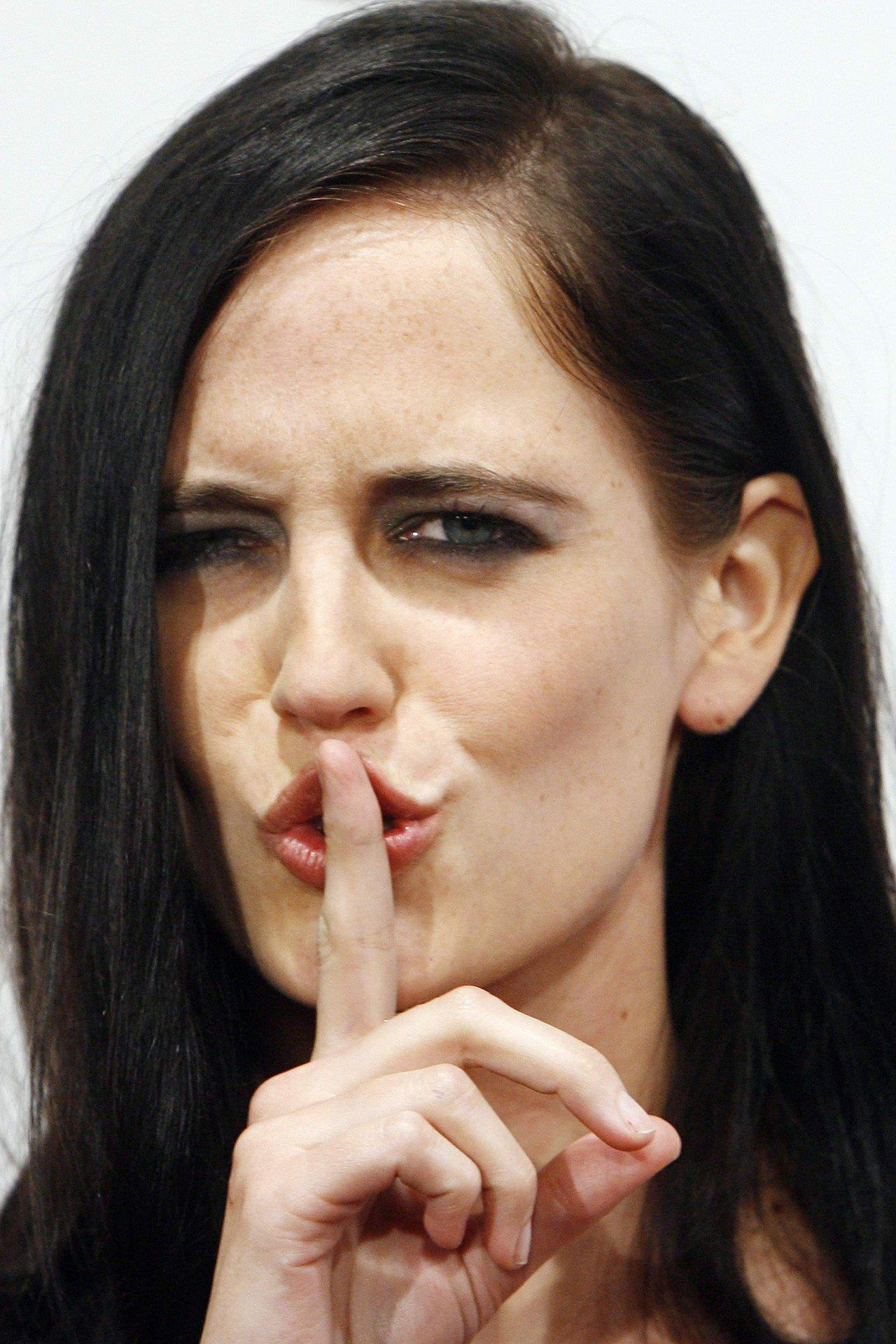 Cute And Funny Cat Wallpaper Eva Green Lovely