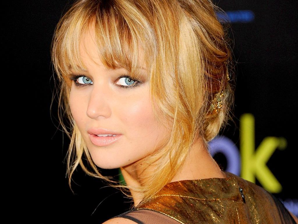 Hindi Movie Wallpapers With Quotes Jennifer Lawrence Hot Wallpaper