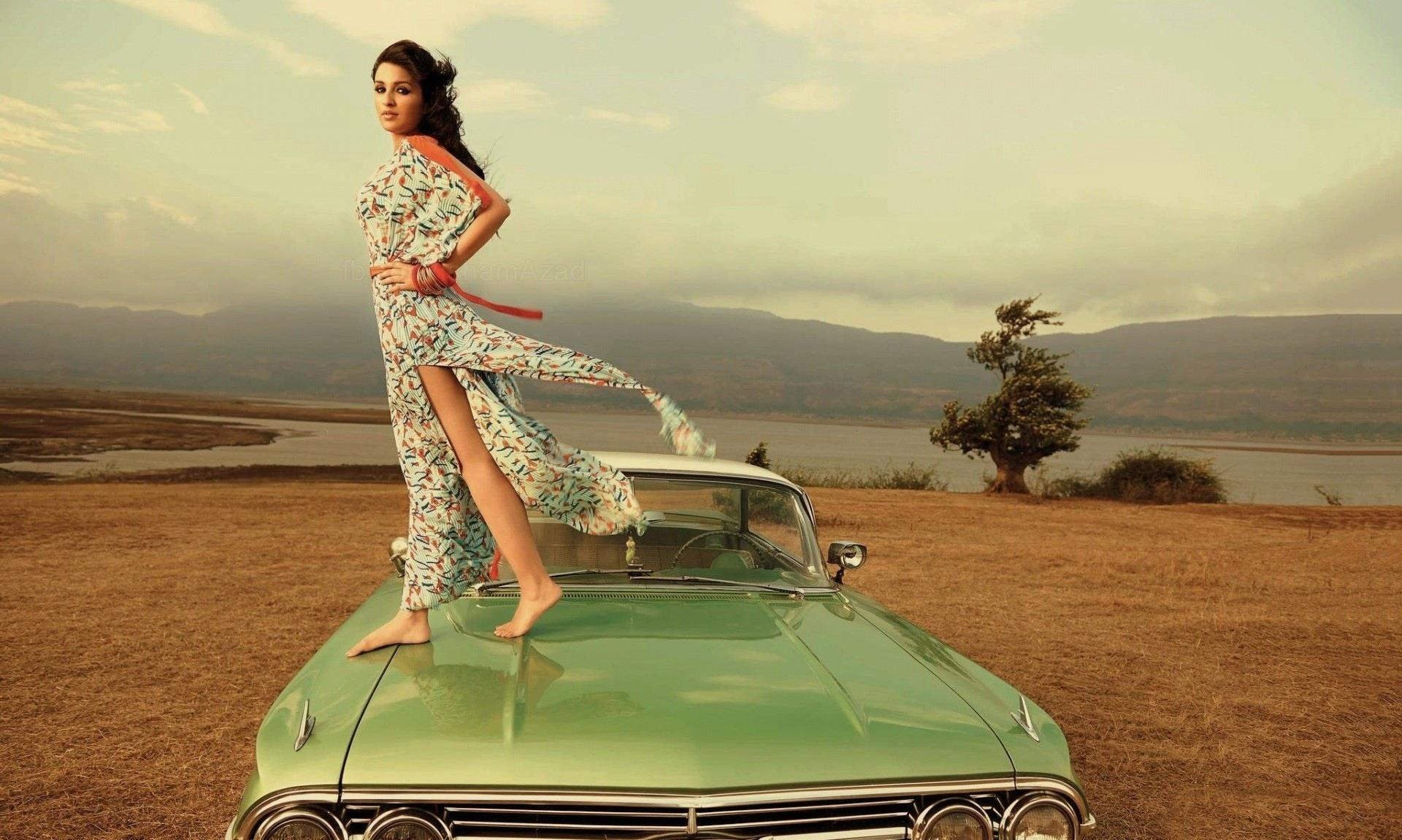 Indian Baby Girl Pictures Wallpapers Parineeti Chopra Hot In Kill Dil