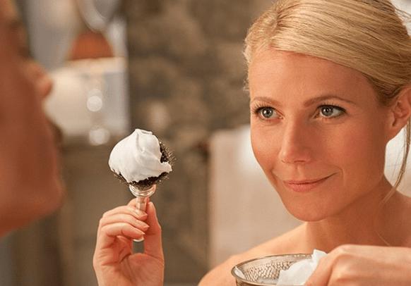 A sus 43 años, Gwyneth Paltrow sin querer dejó al descubierto su trasero y se ve guapísima