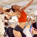 Chicas rusas conquistan a los latinos con su manera de bailar reggaetón