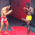 Esta es la maniobra más rara de kick boxing y que nunca debes practicar