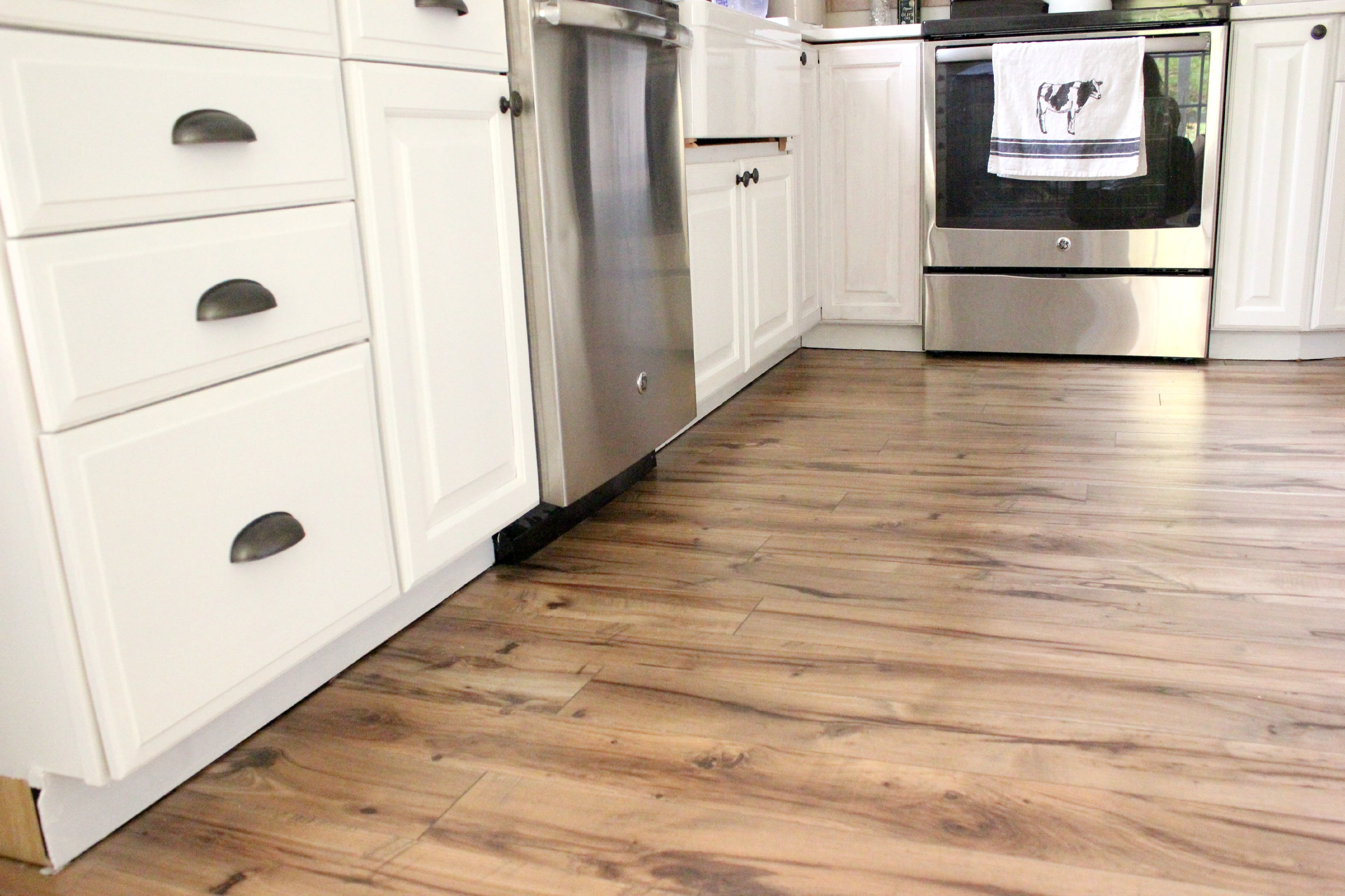 Home Why And How We Chose Our Pergo Flooring Lauren
