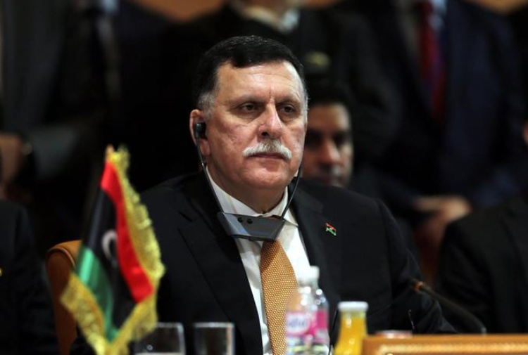 Libia, terrorismo, profughi: tutto avanti con marcia indietro