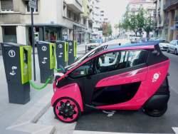 Recharge de véhicules électriques : le réseau s'accroît, décryptage
