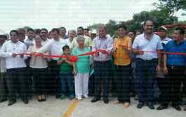 VIDEO - Inaugura Antorcha Campesina puente vehicular y asfaltado de carretera en Tantoyuca